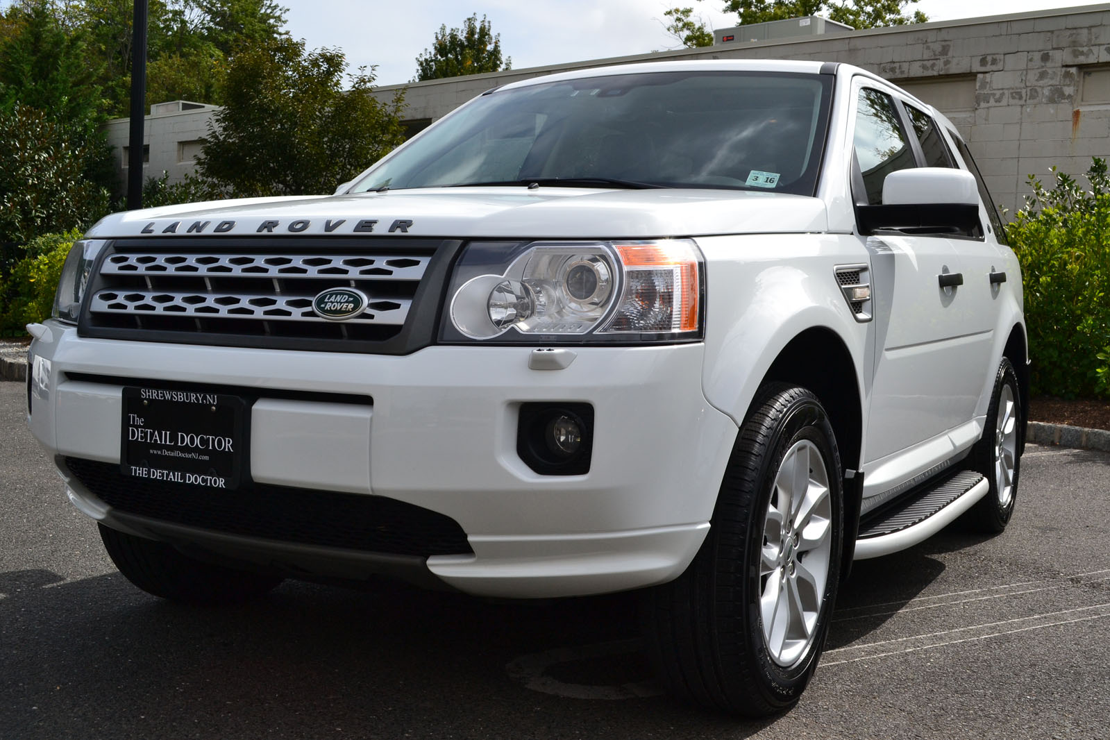 2011 Land Rover Lr2 1070 Pre Owned
