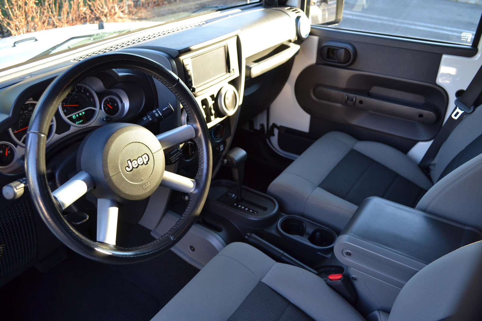 2010 Jeep Wrangler Unlimited Sahara Pre-Owned