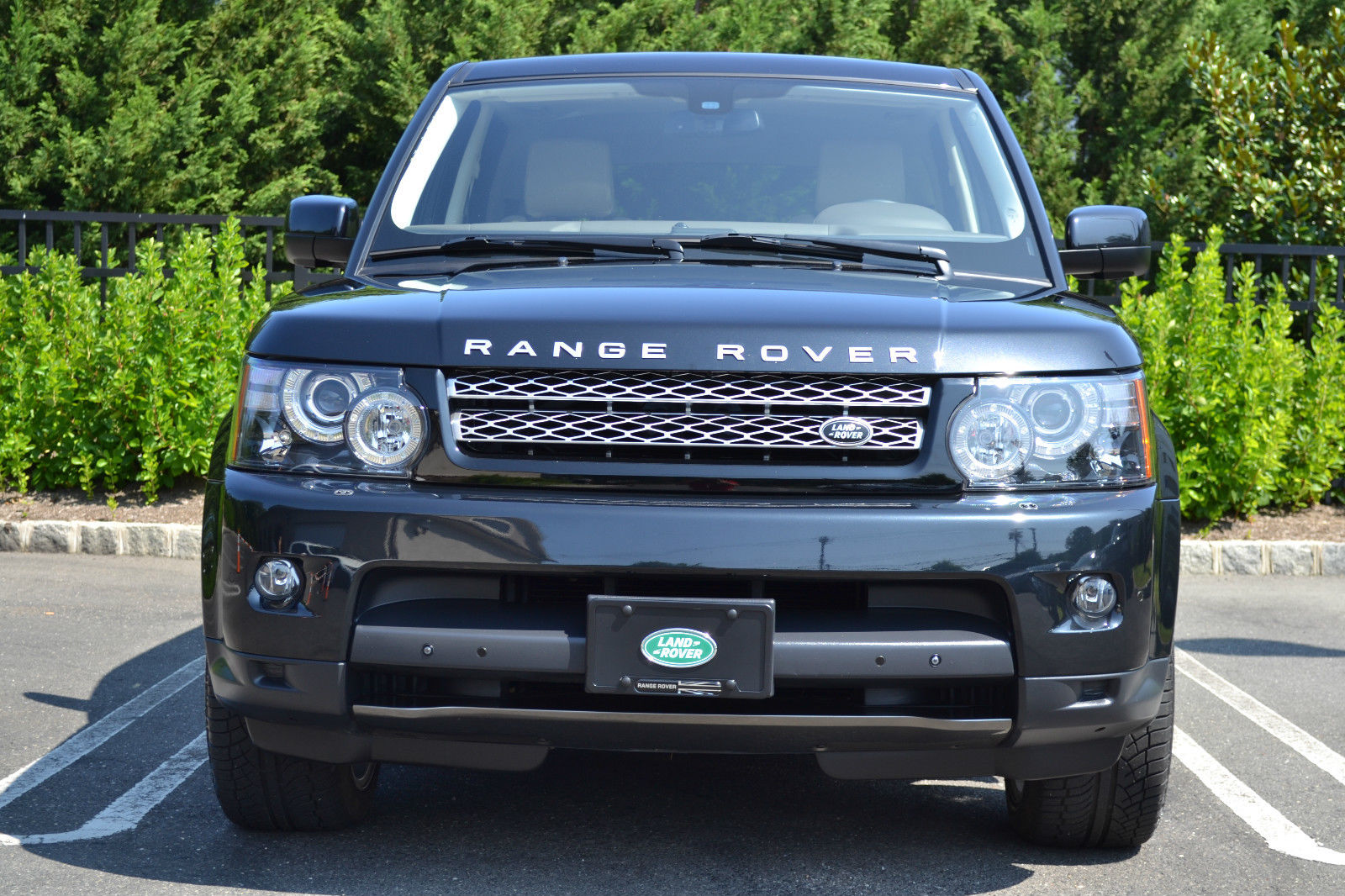 land rover rang rover sport 2012 pre owned. Black Bedroom Furniture Sets. Home Design Ideas