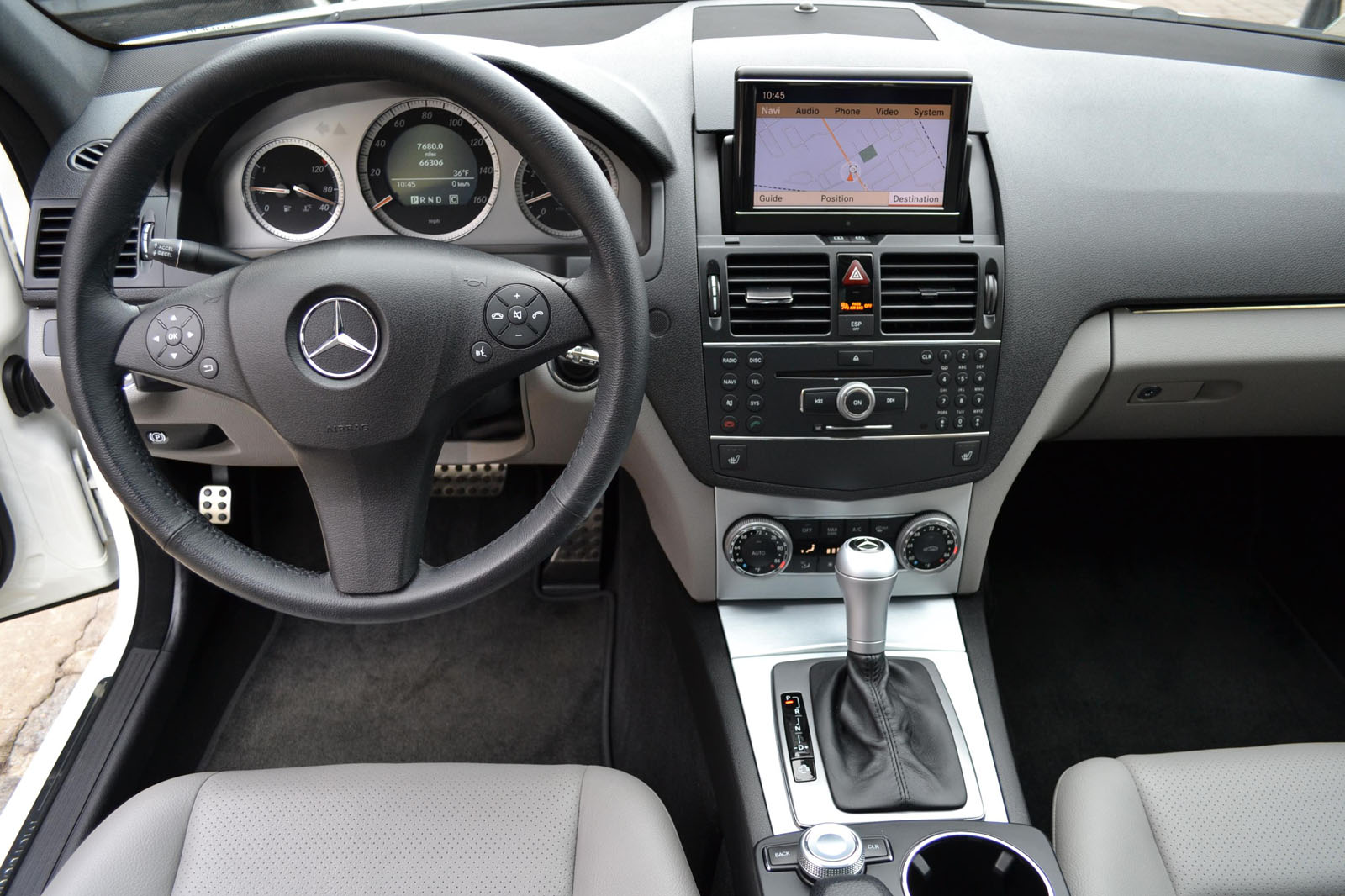 Image gallery 2008 mercedes interior for 2008 mercedes benz c class c300 for sale